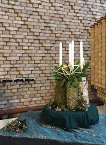 liturgisch-bloemstuk-advent-4_0_1024px